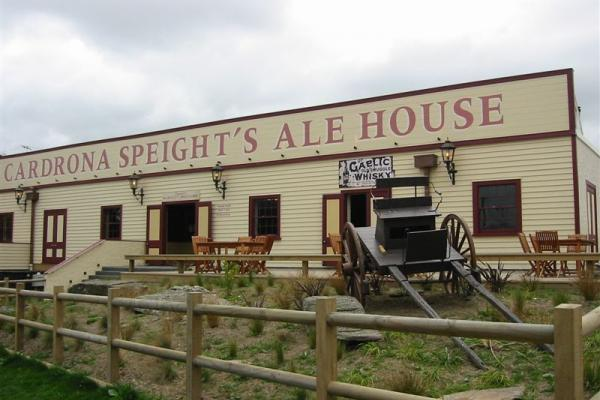 Ironic Art Products 16 Speights Ale House Items